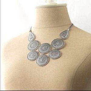 Stella & Dot Silver Medina Bib Necklace